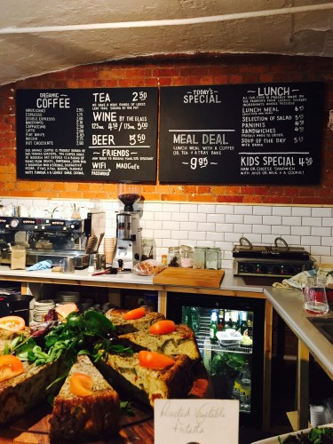 Best Places to Eat with Kids in Oxfordshire